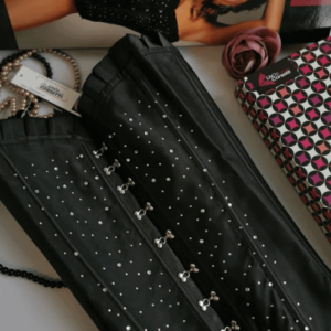 LivCo Kaiya fekete, strasszos fűző bugyival